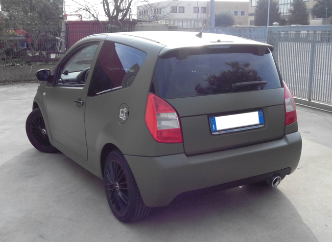 http://iriswrap.it/images/carwrapping//C2 wrapping verde militare.jpg