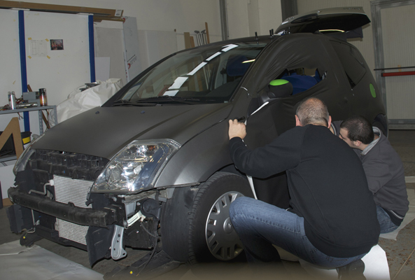 http://iriswrap.it/images/carwrapping//C2-iris.jpg
